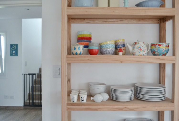 How to make your own wooden shelf